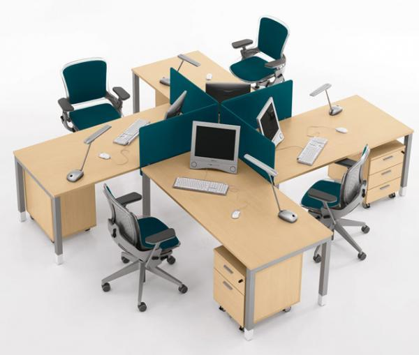 Thanh lý bàn ghế văn phòng cần thơ Thanh-ly-quay-le-tan-cu-trang2